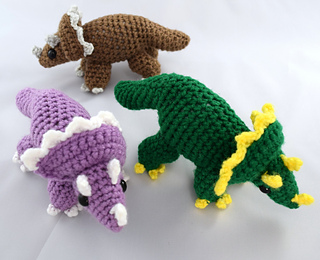 Multiple_triceratops__11__small2