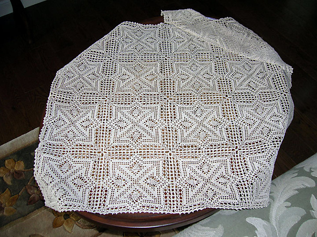 Ravelry: Geometric Tablecloth Pattern By Mayumi Sato