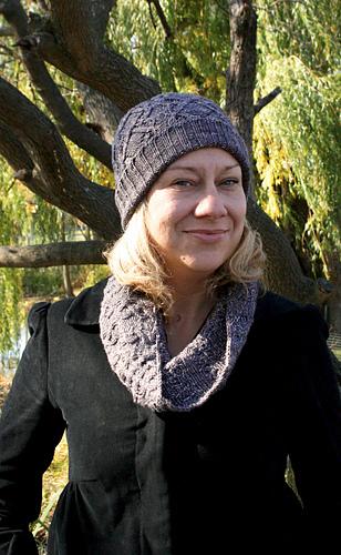 Luxedec15_knit022_medium