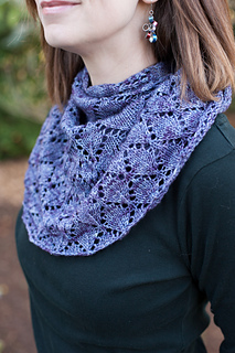 Melissa_s_shawl__5_of_48__small2