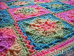 Retro_illusions_baby_blanket_-_free_crochet_pattern_by_stitch11_small