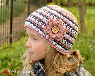 5abd39529c9 Ravelry  The Helena Beanie pattern by Jenia Daugherty