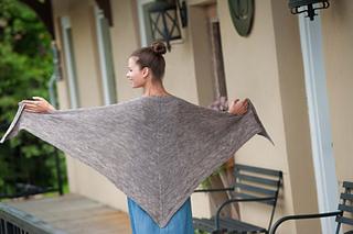 Grey_shawl4082_small2