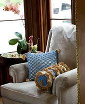 Pillows-488_small_best_fit