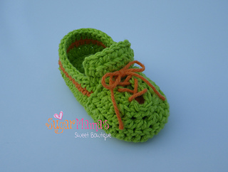 Baby_sneakers3_small2