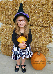 Witchy_hat_modeled_-_child_size2-2_small