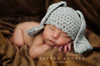 4420ee9e5e5 Ravelry  Flopper Eared Peter Rabbit Hat pattern by Bonnie Potter