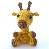 Amigurumi_giraffe_featured_image_small_best_fit