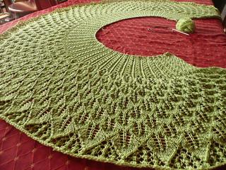 Ravelry Kudzu Shawl Pattern By Rachel Henry