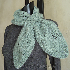 Falling_leaves_scarf2_500_small