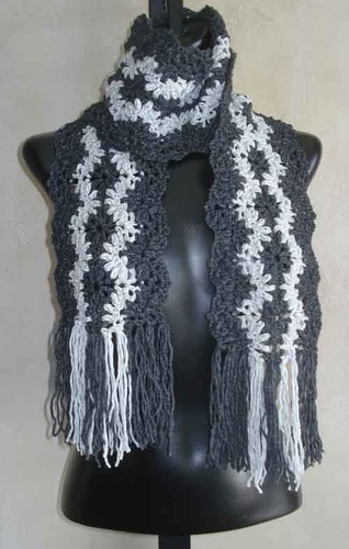 Ravelry 80 Lacy Striped Crochet Scarf Pattern By Sweaterbabe