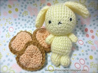 http://www.sweetsofties.com/2015/03/buruburudogpattern.html