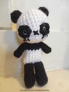https://www.ravelry.com/patterns/library/chibi-panda-bear-amigurumi