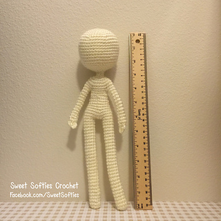 http://www.sweetsofties.com/2016/04/12-slender-doll-base.html