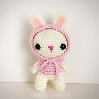 http://www.sweetsofties.com/2016/07/hooded-bunny-rabbit.html