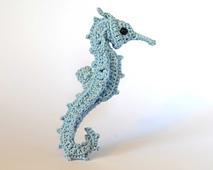 Little_blue_fancy_seahorse_3_0322_small_best_fit