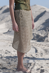 Orient_point_asymmetrical_skirt_laguna_detail_small_best_fit
