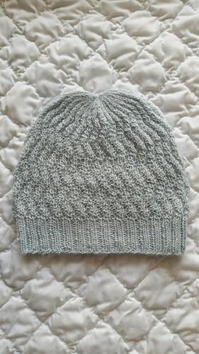 Ripple_effect_hat_medium