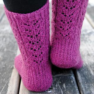 Wild_sage_socks5_small2
