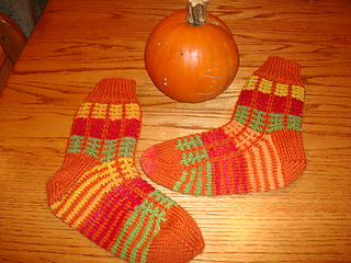 Pumpkin_socks_030_small2