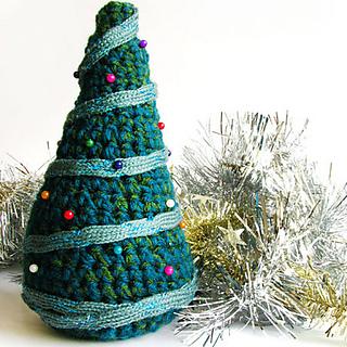 Crochetchristmastree5_zpsc3cb2897_small2