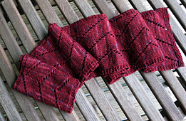 Zig_zag_scarf_folded_small_best_fit