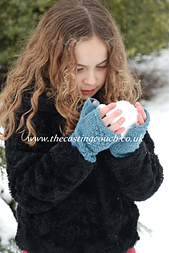 Fingerless_gloves_the_casting_couch_ravelry_small_best_fit