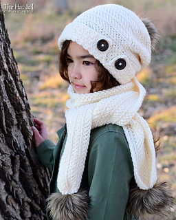 7104627b021 Ravelry  Soft Side Slouchy   Scarf pattern by Marken of The Hat   I