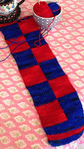 Ravelry Reversible Checkerboard Intarsia Scarf Pattern By Mary