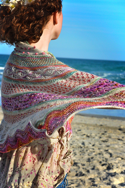 https://www.ravelry.com/patterns/library/anemone-32
