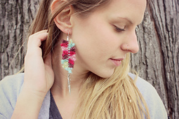 Feather_earrings_small_best_fit