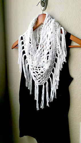 Ravelry Fringed Scarf Pattern By Michelle Greenberg