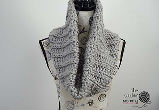 Chunky_ribbed_cowl_small2