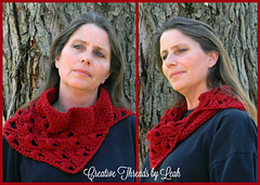 Lacy-clover-cowl-collage_small