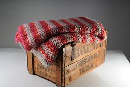 Crochet_bedspread_small_best_fit