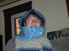 Hooded_scarf_71_small