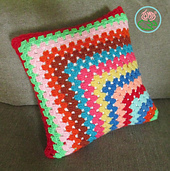 Conteporary_granny_square_pillow_1_small_best_fit