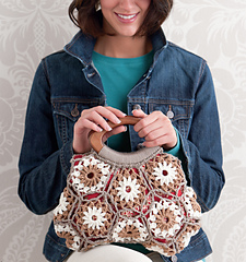 B35_blooming_beauty_purse_small