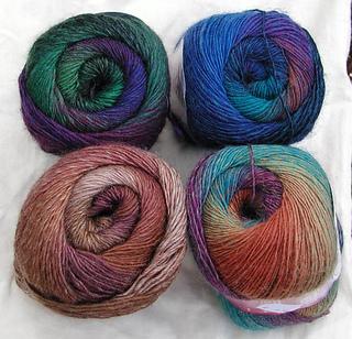 Hot-socks-rainbow_02_small2