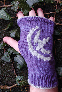 Gotgloves_arryn2_small2