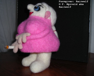 Pretty_in_pink_left_front_small2