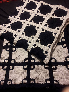 Ravelry Black And White Afghan Pattern By American Thread