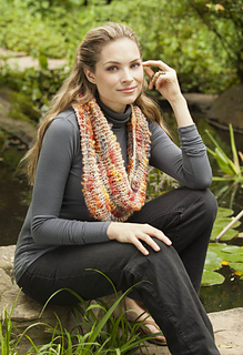 Ravelry_goldfish_school_cowl_small2