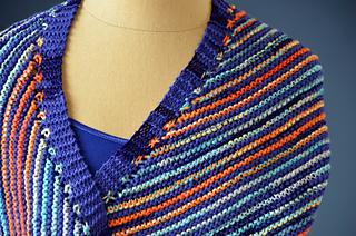 Serrato_scarf_stripe_detail_hi-res_small2