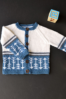 Arrowsweater1_bellacash_hires_small2