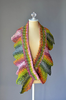 Ravelry: 18 Petals pattern by Amy Gunderson