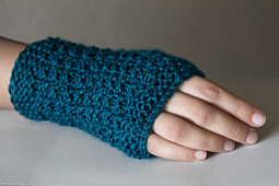Easy_fingerless_gloves_small_best_fit