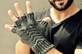 Larrimer_mitts__version_2_small2