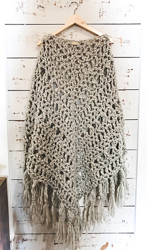 Ravelry Chunky Triangle Shawl Pattern By Vickie Howell