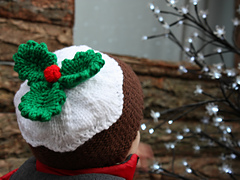 03_aidan_in_the_christmas_pudding_hat_edited_small